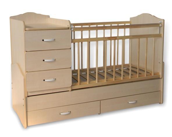 Такая кроватка очень практична