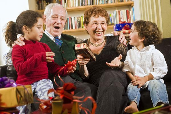 Подарок для бабушки на Новый год