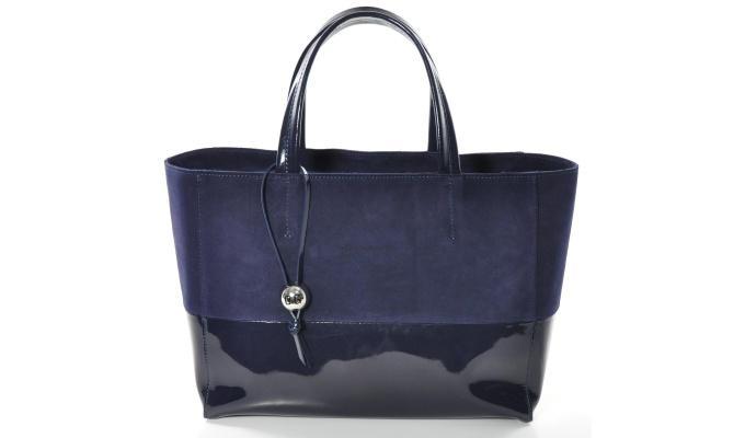 Магазин сумок furla в городе париж