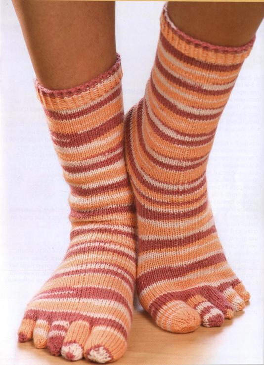 Какие носки должны быть в гардеробе каждой женщины