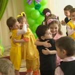 8 марта в детском саду: сценарий праздника, конкурсы и игры с детьми