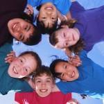 Стоит ли отправлять младшего школьника в детский лагерь