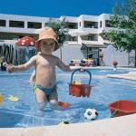 Отдых с маленькими детьми в июне в Греции