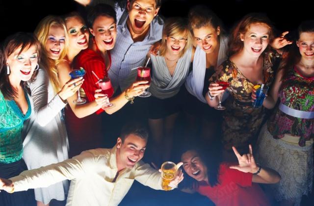 Сценарий нового года нетрезвой компании