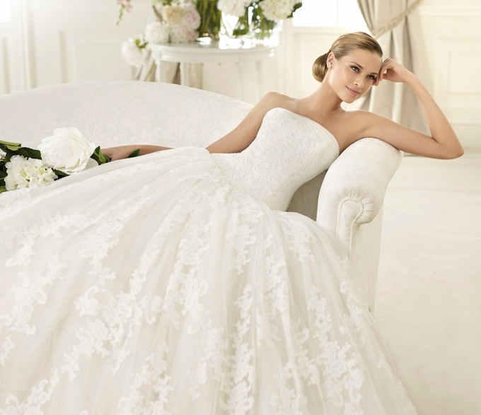 Самые модные свадебные платья 2013 года