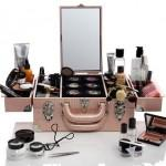 Женская косметичка - чемодан