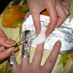 Как снять ногти, нарощенные акрилом