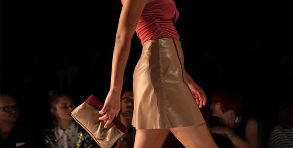 Кожаные женские юбки 2013