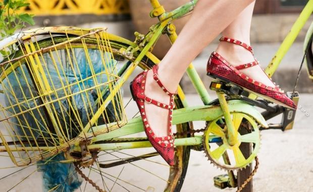 Модные туфли без каблука на лето-осень  2013 - Лодочки