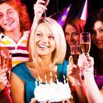 Как устроить интересный праздник для семьи – советы по организации домашних праздников