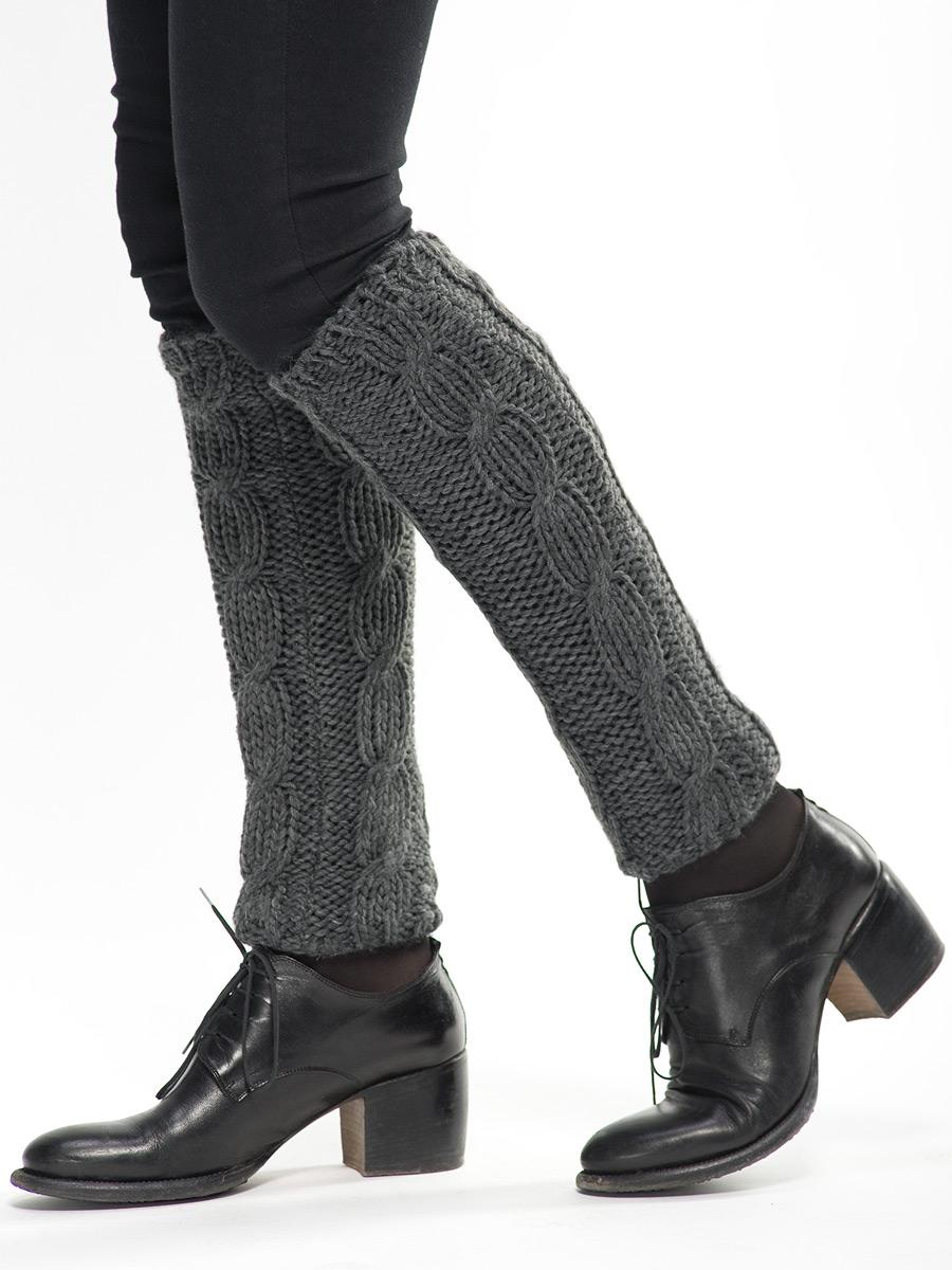 С чем носить черные джинсовые шорты