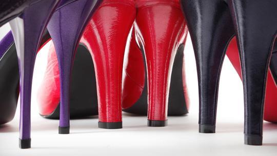 Как ходить на высоких каблуках и не испытывать боли