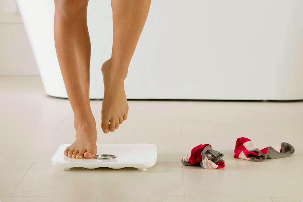 напольные весы Fitbit Aria