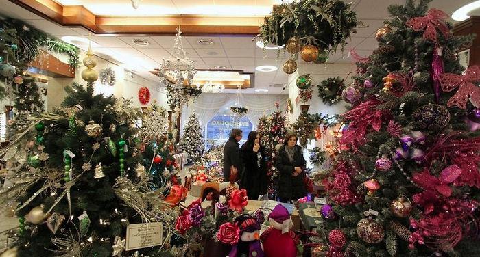 Как правильно выбрать искусственную елку к Новому году