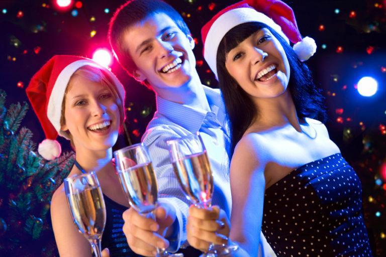 Как отпраздновать новый год оригинально?