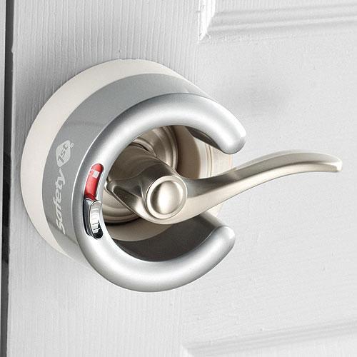 Безопасность детей дома - замки блокираторы на ручки двери