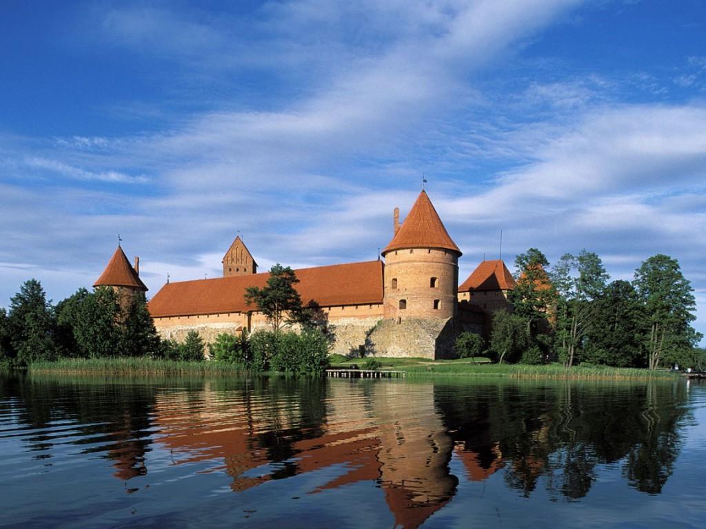 Бюджетный отдых в мае в Прибалтике