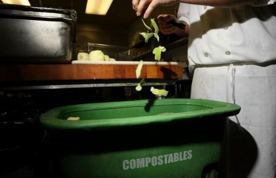 Лучшие ведра для мусора на кухню