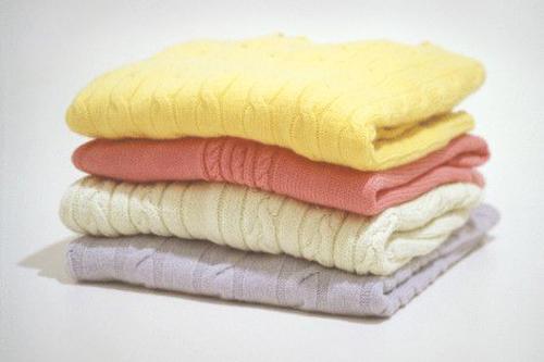 7 наилучших методов удаления катышков с одежки