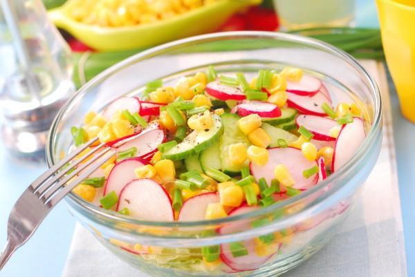 салаты с консервой рецепты с фото