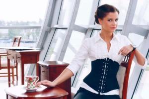 С чем и как носить корсет сегодня – фото, советы модницам от стилистов
