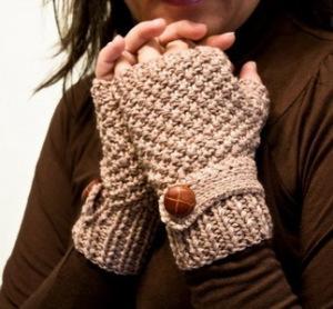 Как правильно носить перчатки: длинные, ажурные, без пальцев и другие женские перчатки
