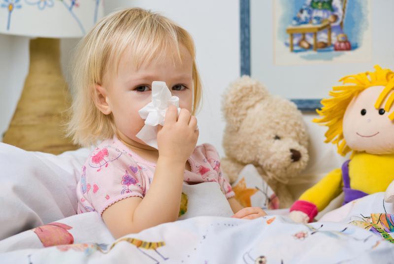 Как вылечить сопли у детей в домашних условиях