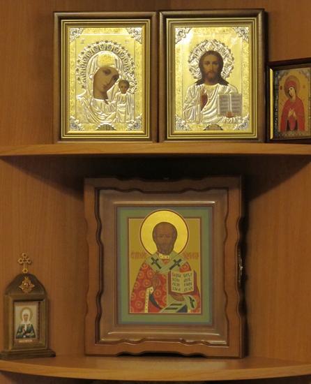 Иконы в доме для благополучия и ...: www.colady.ru/pravoslavnye-ikony-v-dome-dlya-schastya-i...