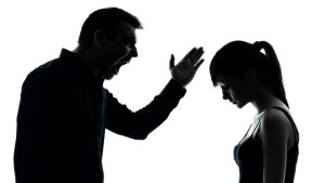 Отец уклоняется от воспитания ребенка