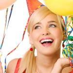 20 лучших идей для подарков девушке на совершеннолетие