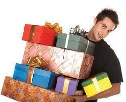 Почему мужчина не дарит подарки и цветы?