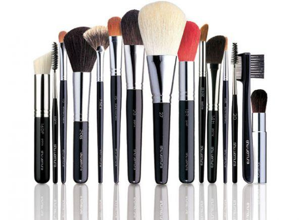 Как выбрать кисти для макияжа правильно