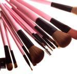 10 кистей для макияжа, которые должны быть в каждой косметичке