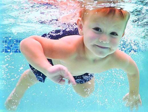 Плавание для мальчиков 4 лет