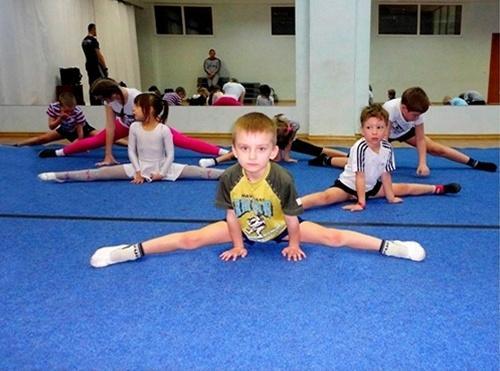 Акробатика для мальчиков 4 -7 лет