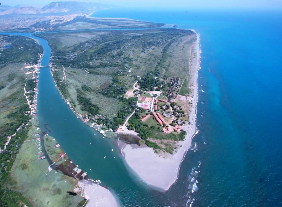 Черногория, пляж Ада Бояна