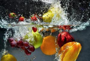 Как мыть фрукты, овощи, ягоды и зелень правильно?