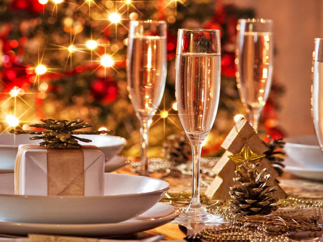 Украшение новогоднего стола 2017