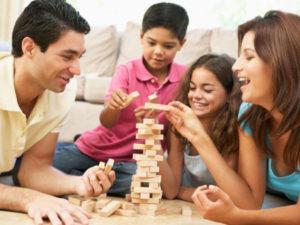 Игры с детьми 7-9 лет дома, когда на улице непогода