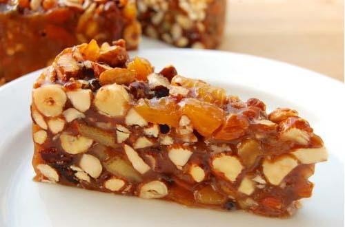 Десерт фруктово-ореховый