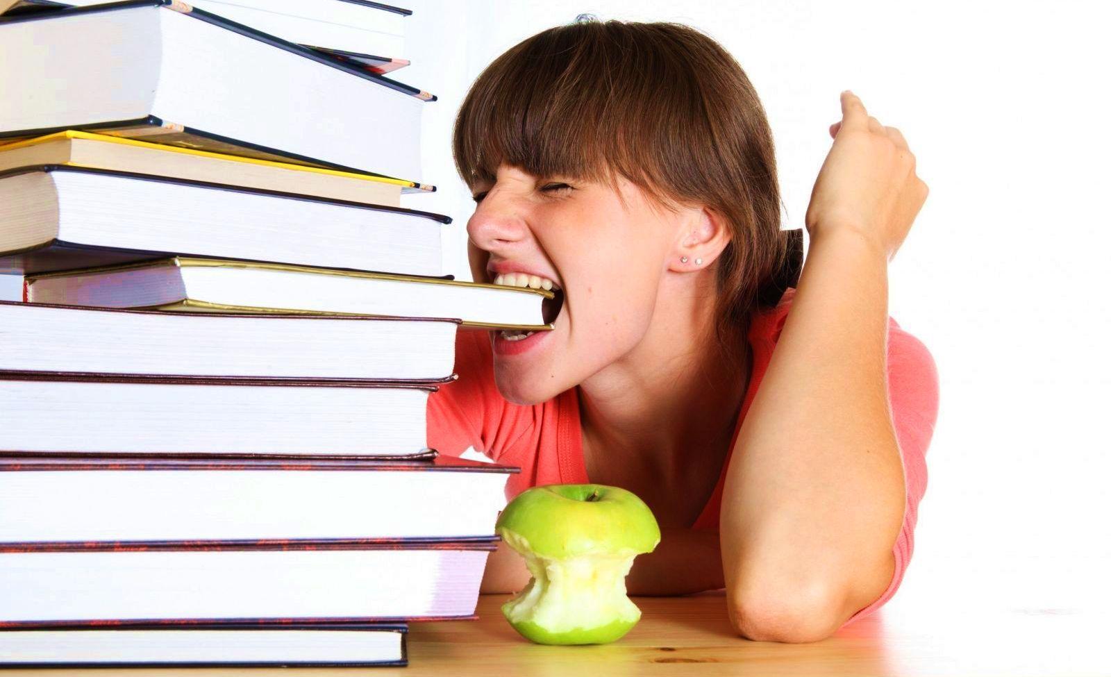 Как подготовить ребенка к школе после каникул – распорядок дня и важные правила