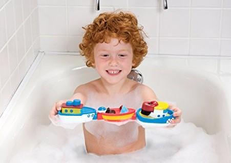 10 лучших игрушек для ванны при купании детей от года до трех лет