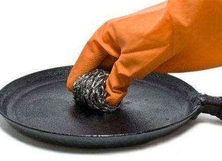 Как очистить сковродки дома - самые эффективные способы