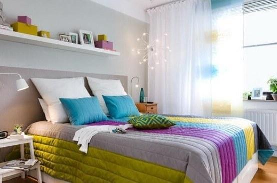 Виды покрывал для спальни по ткани