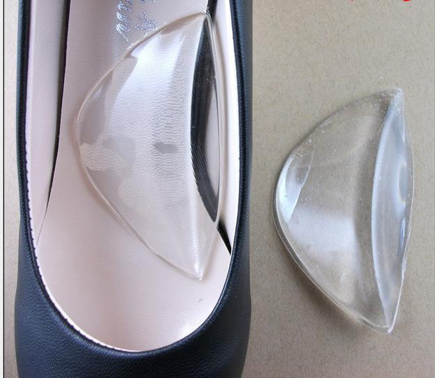 В туфлях, как в тапочках: 10 хитрых приспособлений для обуви на каблуках!