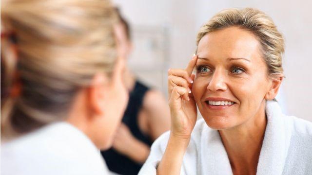 Увлажнение кожи лица после 40 лет