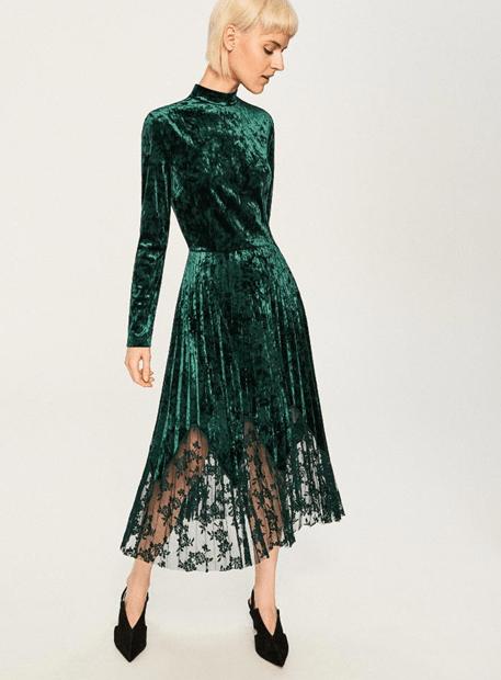 Велюровое платье из Reserved