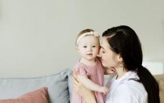 «Я хочу счастья своим детям»: как справиться с послеродовой депрессией и превратиться из обиженной девочки в осознанную маму