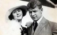 Сергей Есенин и Айседора Дункан: страсть, ссоры, ревность, рукоприкладство и телеграмма в конце: «Я люблю другую. Женат и счастлив»