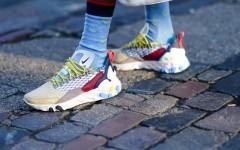 С носками или без: как правильно носить летнюю обувь